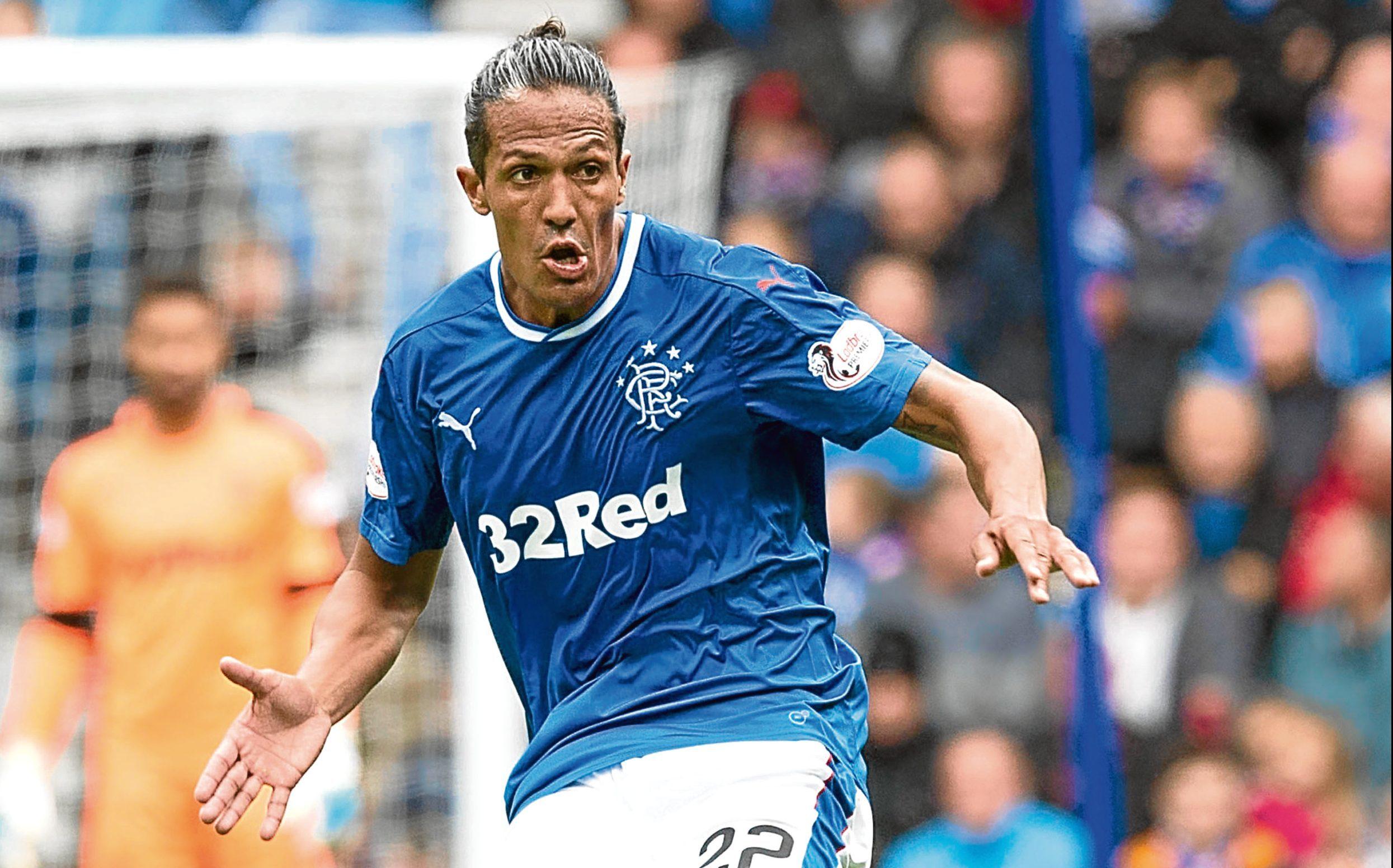 Rangers defender Bruno Alves puts himself on red alert for Celtic ... dfd9e5837e0c