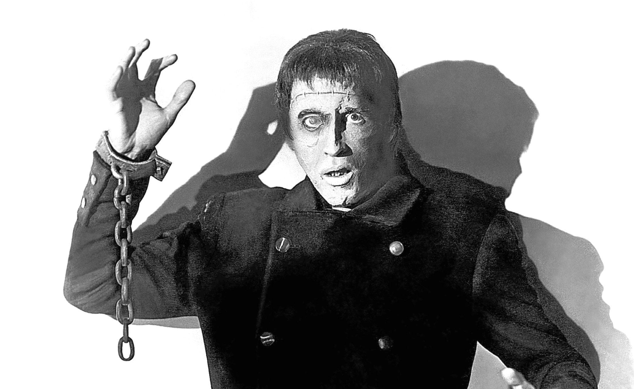 Peter Cushing in 'THE CURSE OF FRANKENSTEIN', 1957 (Allstar/HAMMER FILM)