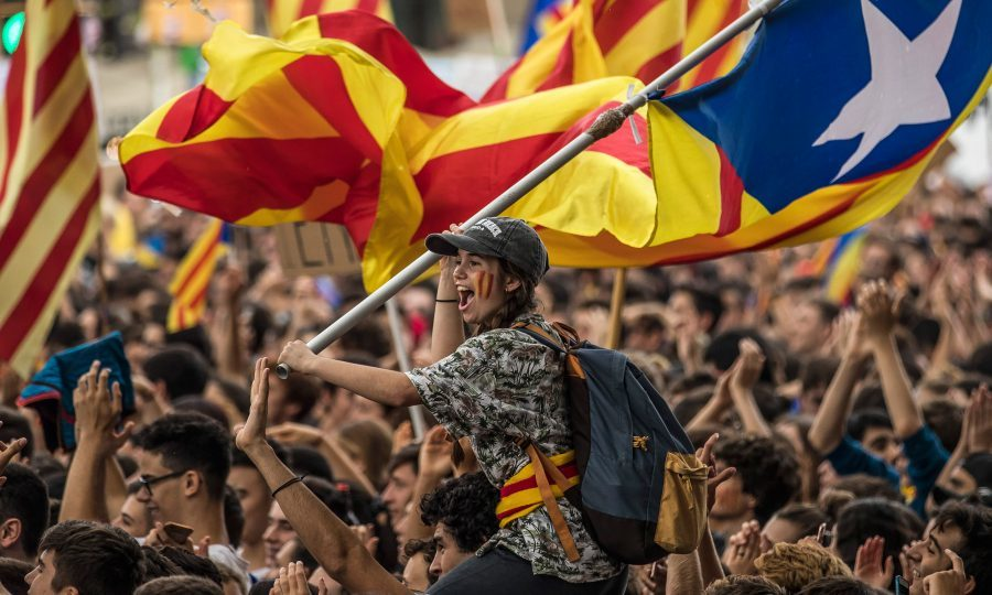 Thousands take to Barcelona streets ahead of Catalonia referendum