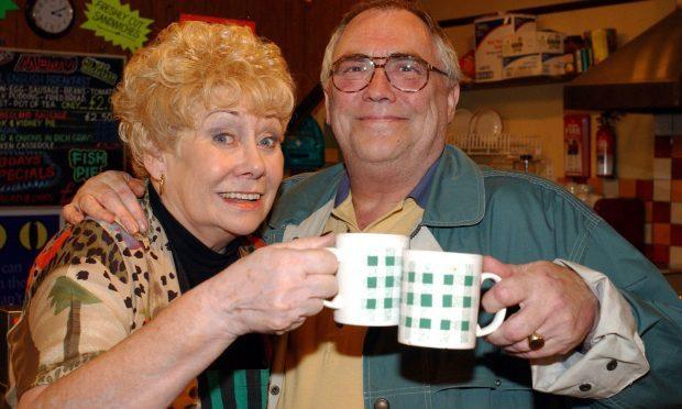 Coronation Street actors Bill Tarmey and Liz Dawn (Granada)