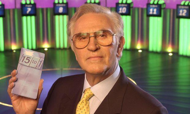 Fifteen to One presenter William G Stewart dies at 84 (FremantleMedia Ltd/REX/Shutterstock)