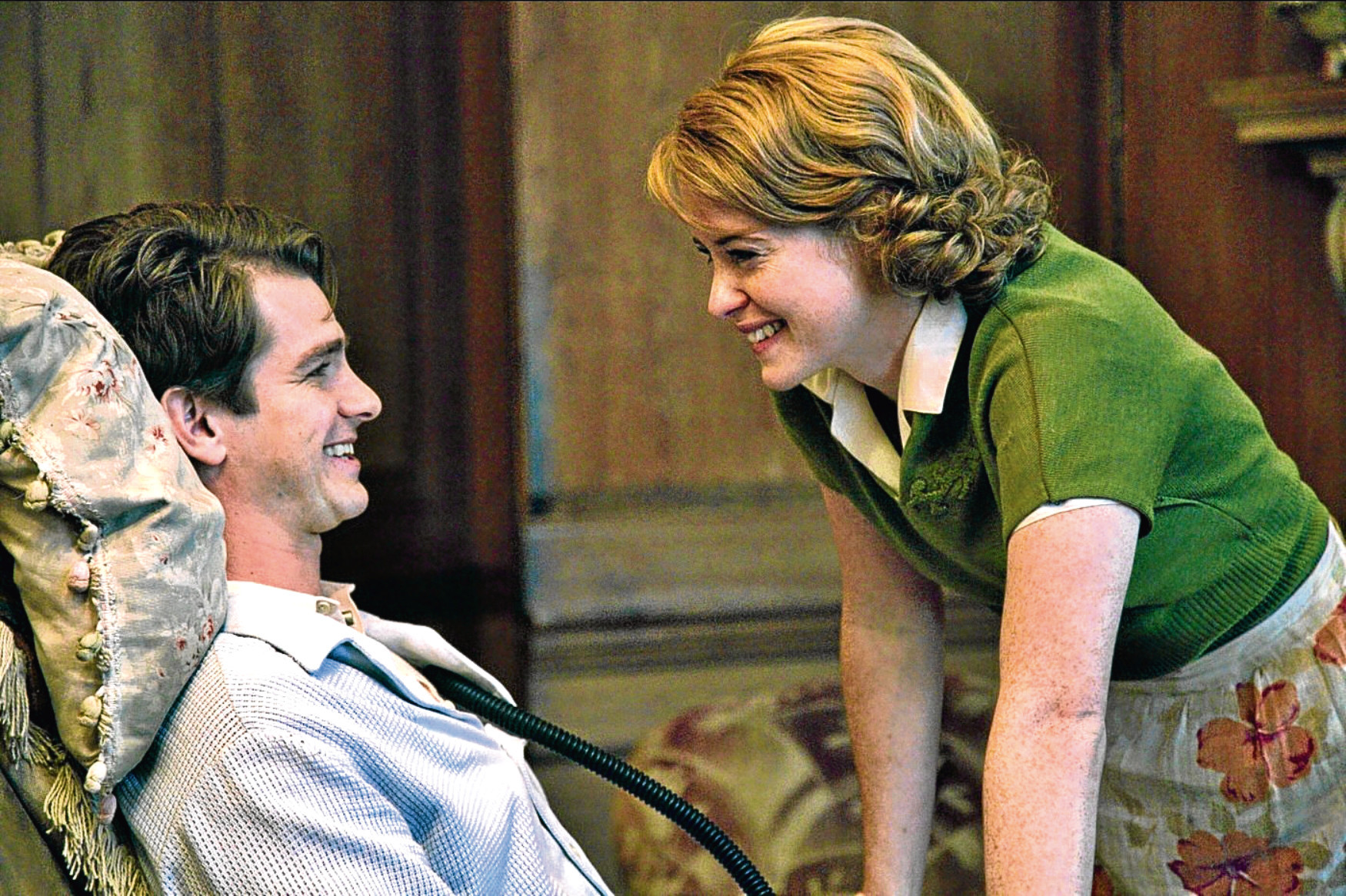 Andrew Garfield and Claire Foy in Breathe (Allstar/IMAGINARIUM PRODUCTIONS)