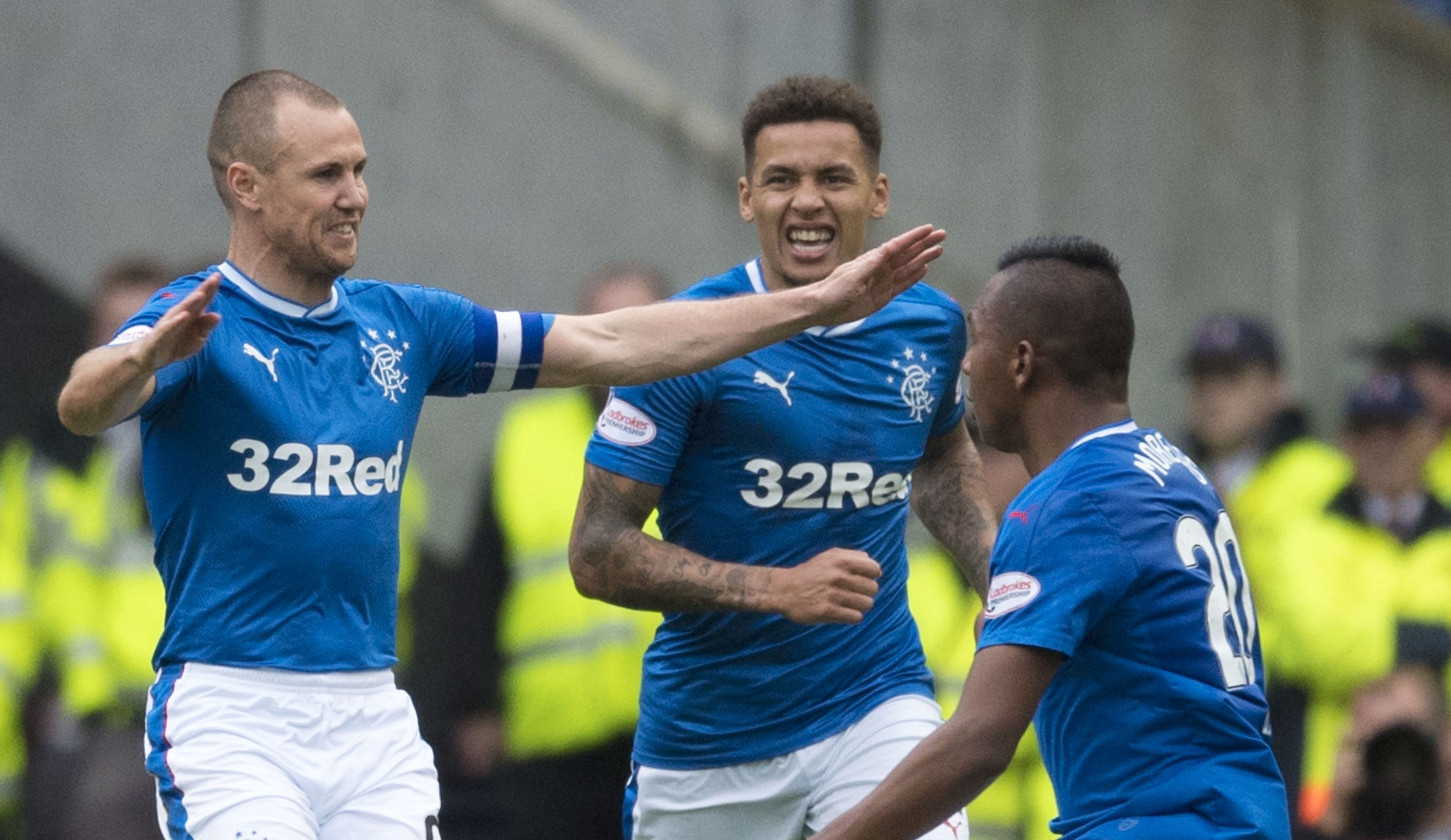 Rangers striker Kenny Miller (left) celebrates his equalising goal with his team-mates (SNS)