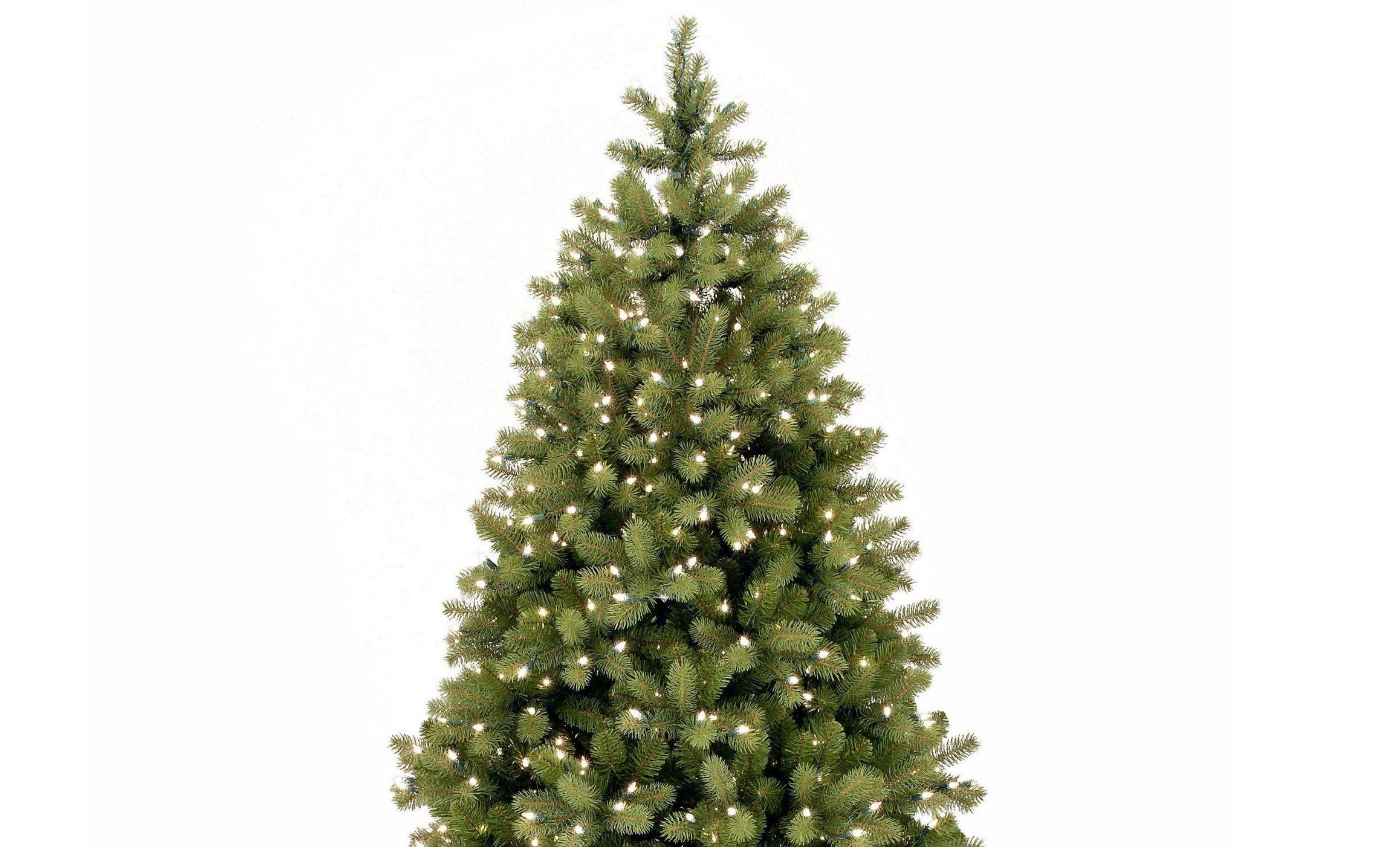 WIN: A Luxury Pre-lit Christmas Tree