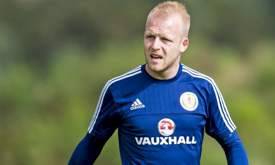 Hearts announce loan deal for Norwich City forward Steven Naismith