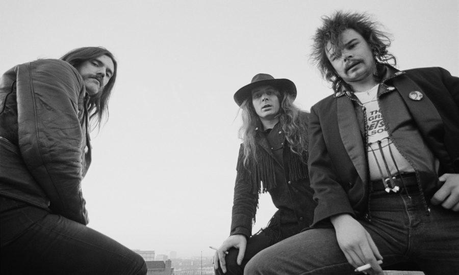 Motorhead Guitarist 'Fast' Eddie Dead At 67