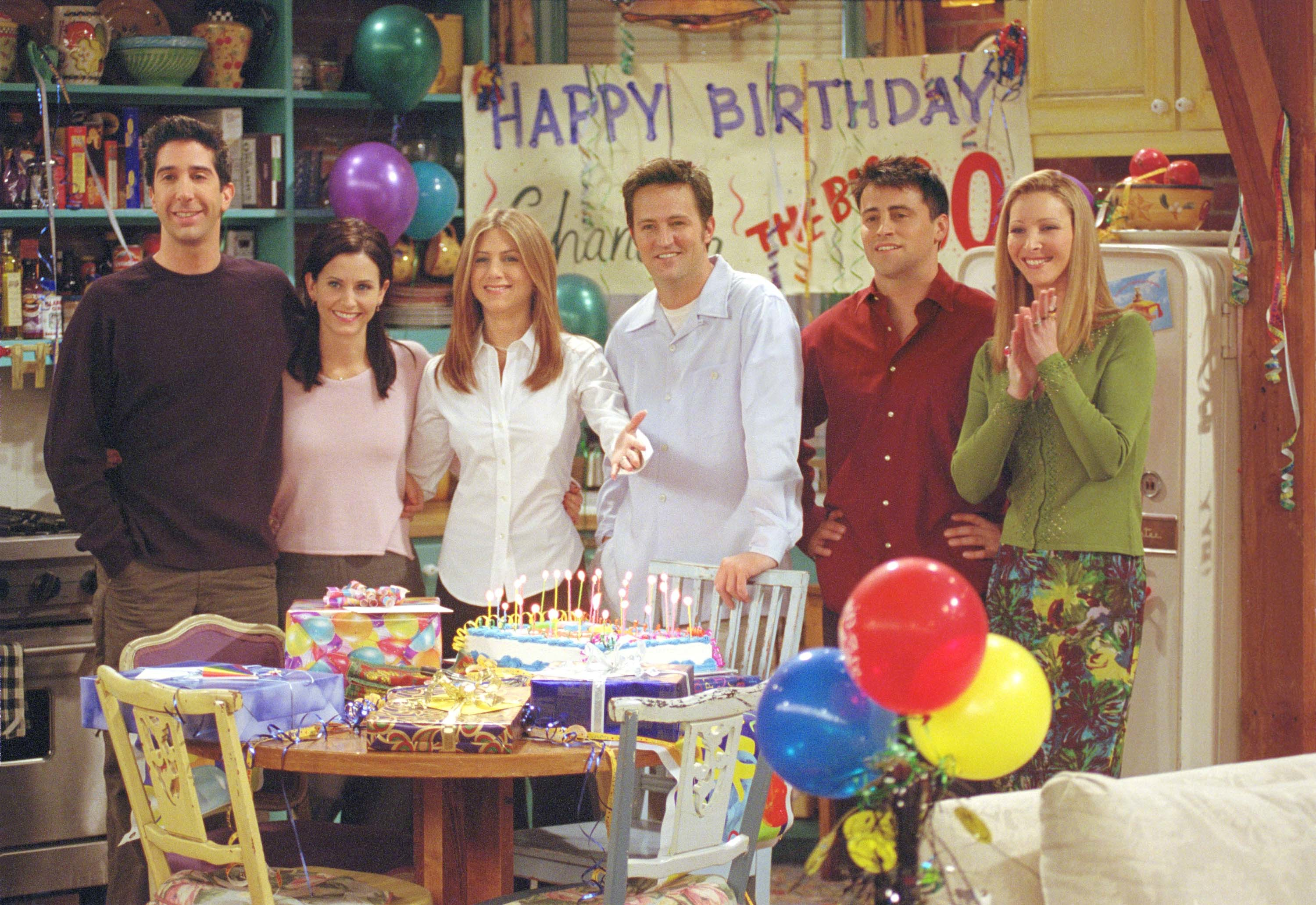"""Cast members of NBC's comedy series """"Friends."""" (Warner Bros. Television/Getty Images)"""