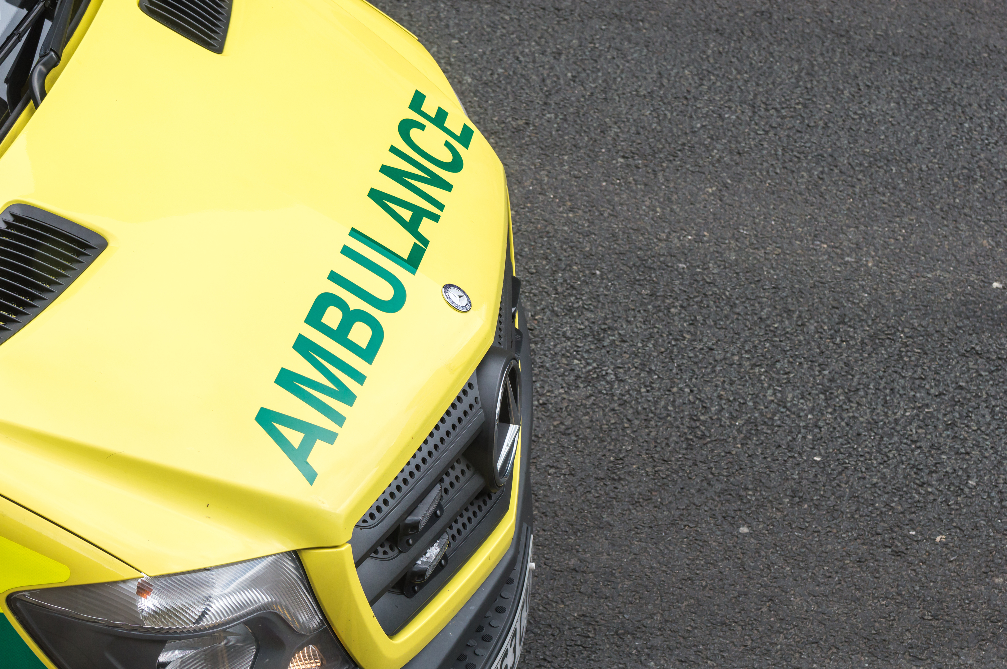 Paramedics were sent on their own to 2,204 emergency call-outs in 2016/17 (iStock)