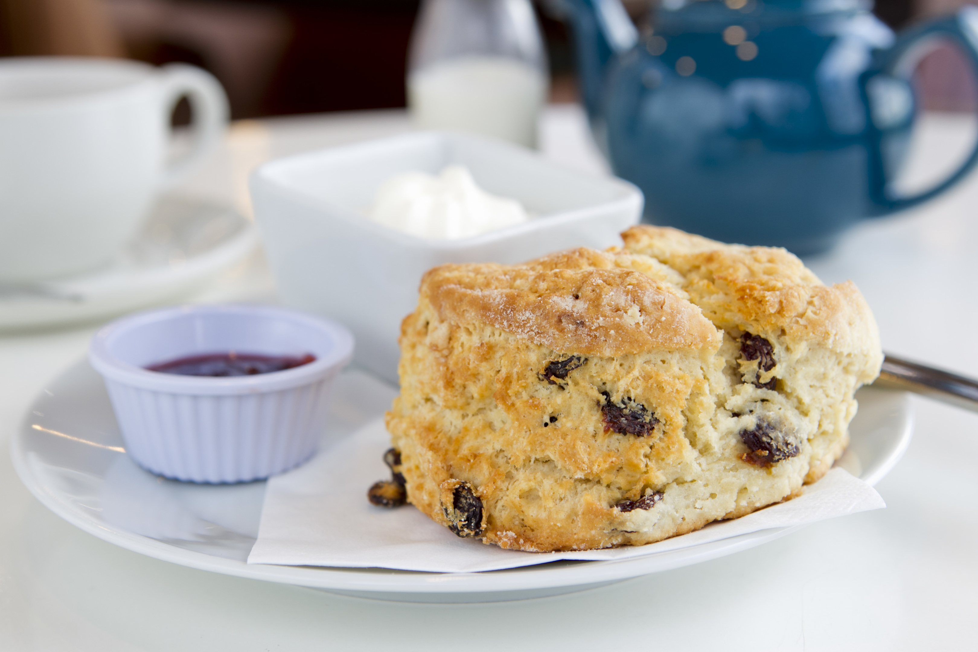 Three Sisters' fruit scone (Andrew Cawley / DC Thomson)