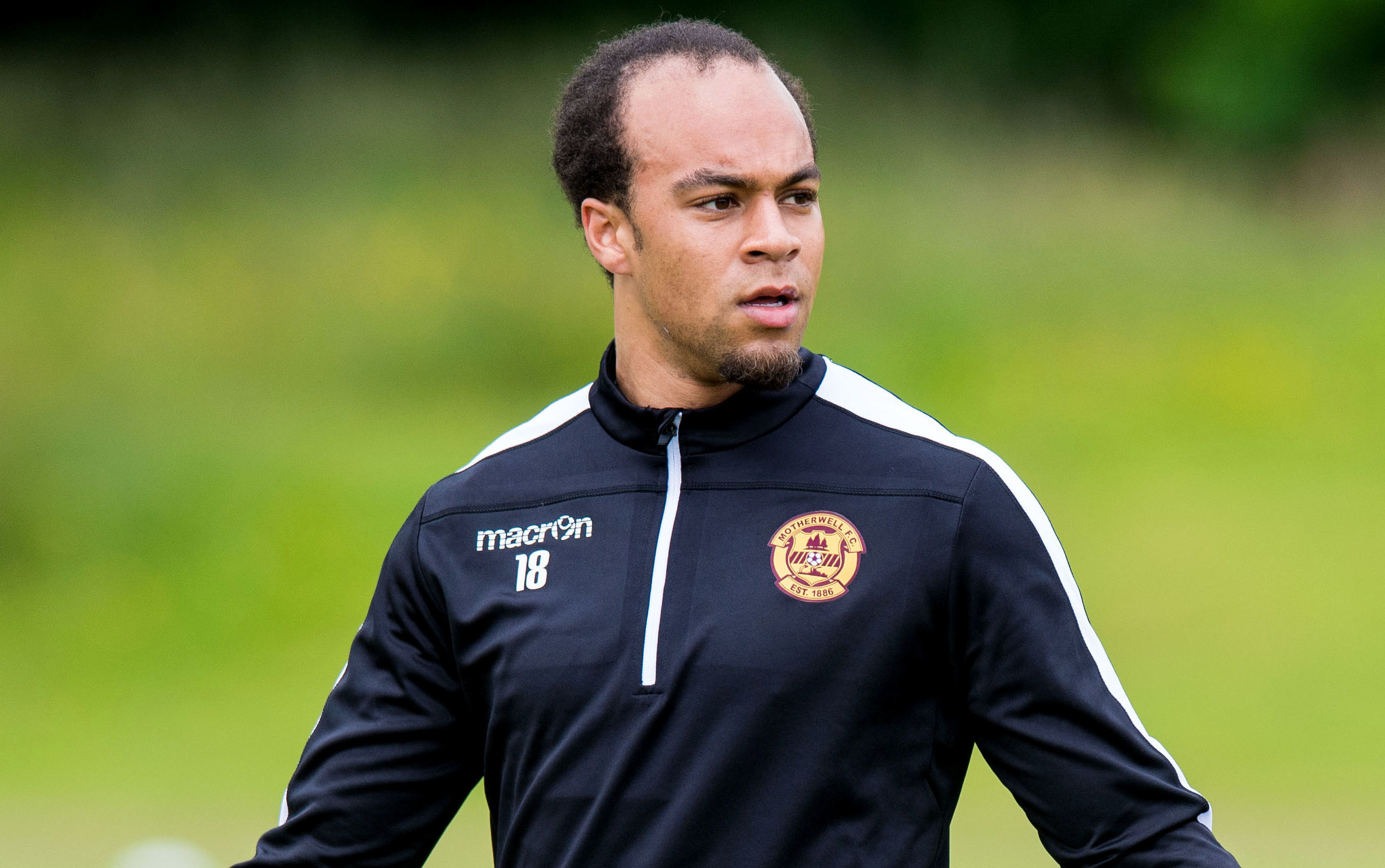 Motherwell defender Charles Dunne (SNS Group)