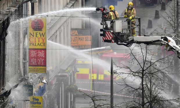 Fire crews tackle the blaze (Jeff J Mitchell/Getty Images)