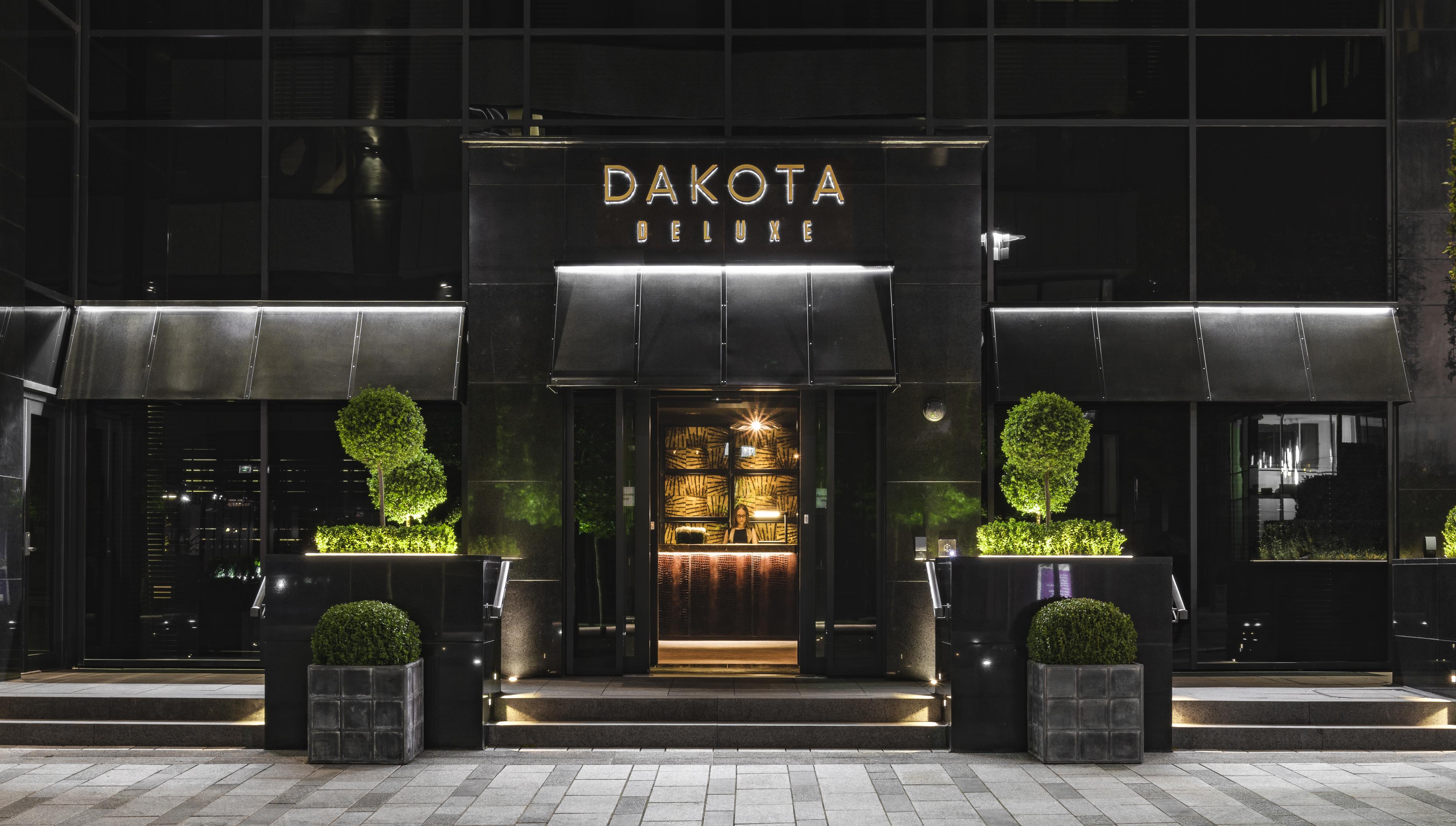 Dakota exterior