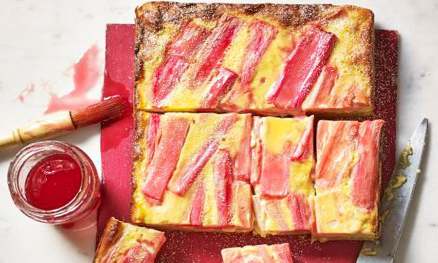 Rhubarb and custard slice