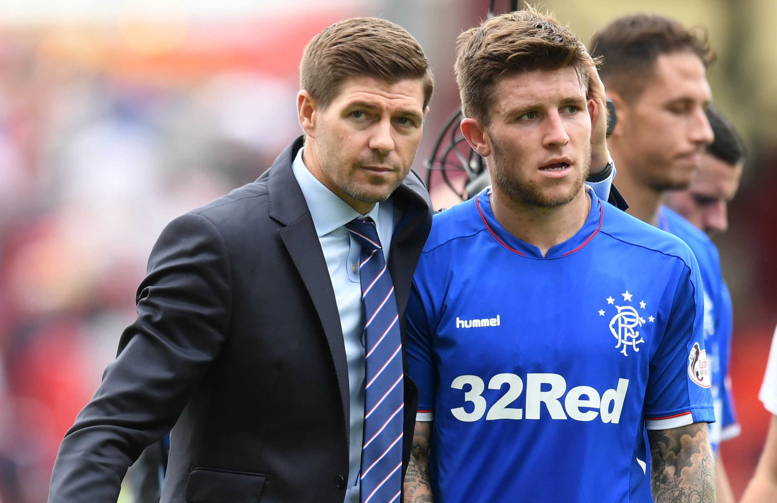 Rangers manager Steven Gerrard with Josh Windass (SNS Group / Craig Williamson)