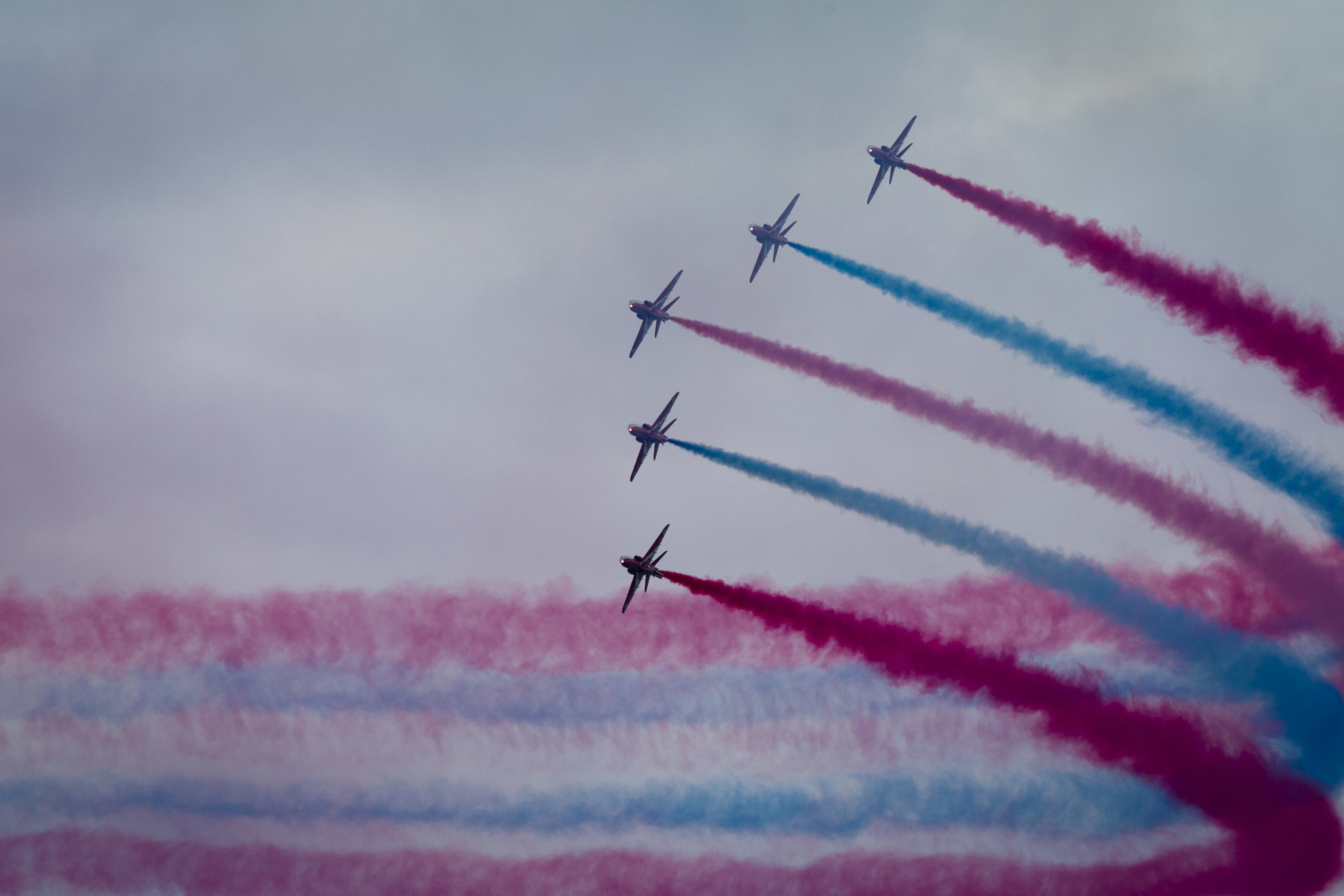 Red Arrows soar above Ayr (Andrew Cawley / DC Thomson)