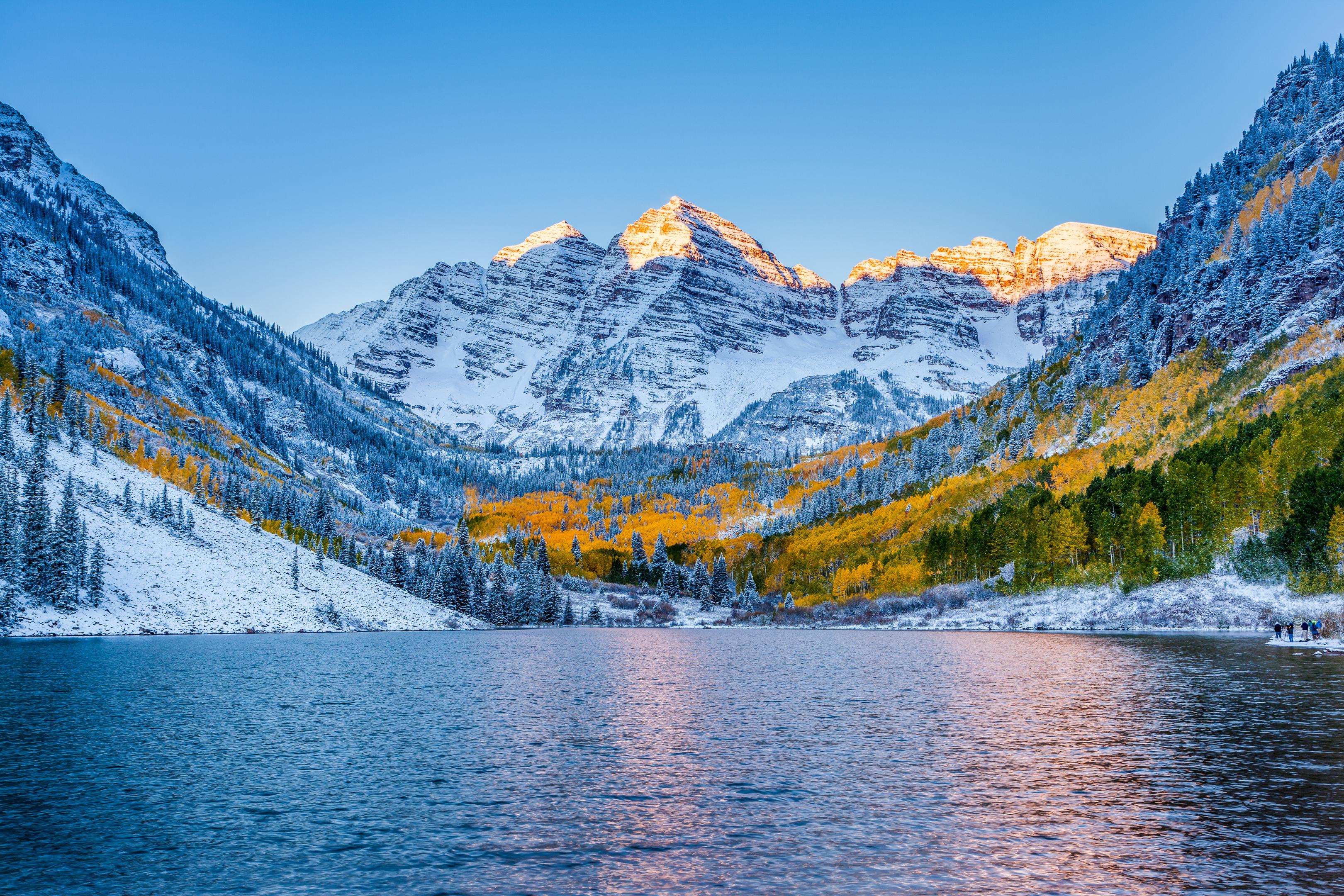 Maroon bells at sunrise, Aspen (Getty)