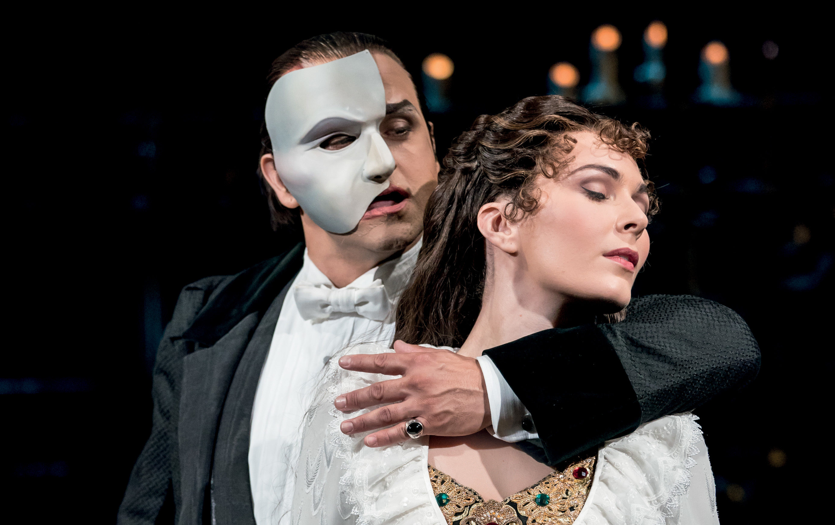 Kelly Mathieson on stage with Tim Howar in The Phantom of the Opera (Johan Persson)