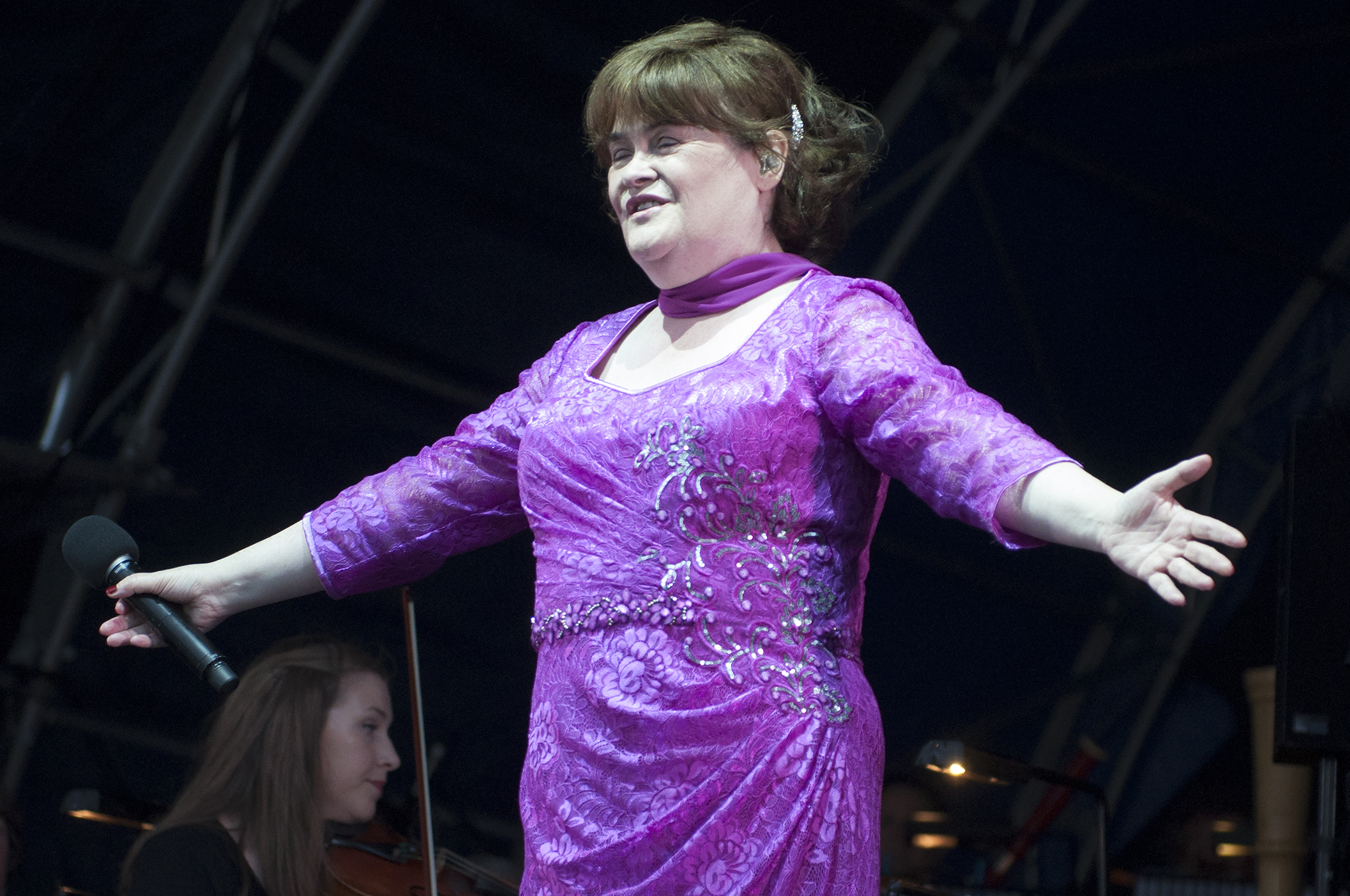 Susan Boyle performing