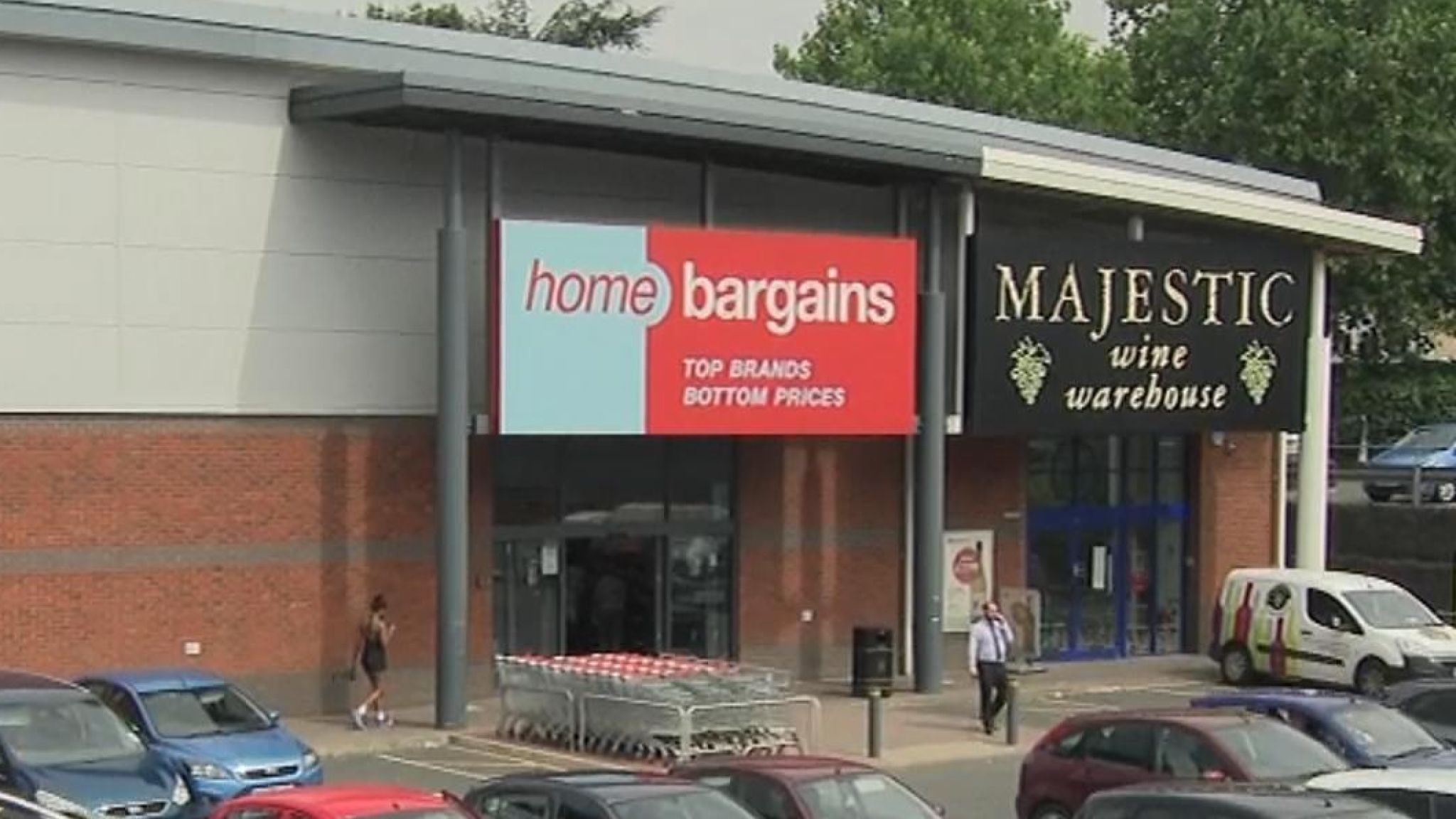 The attack is said to have happened at Home Bargains shop in Worcester.