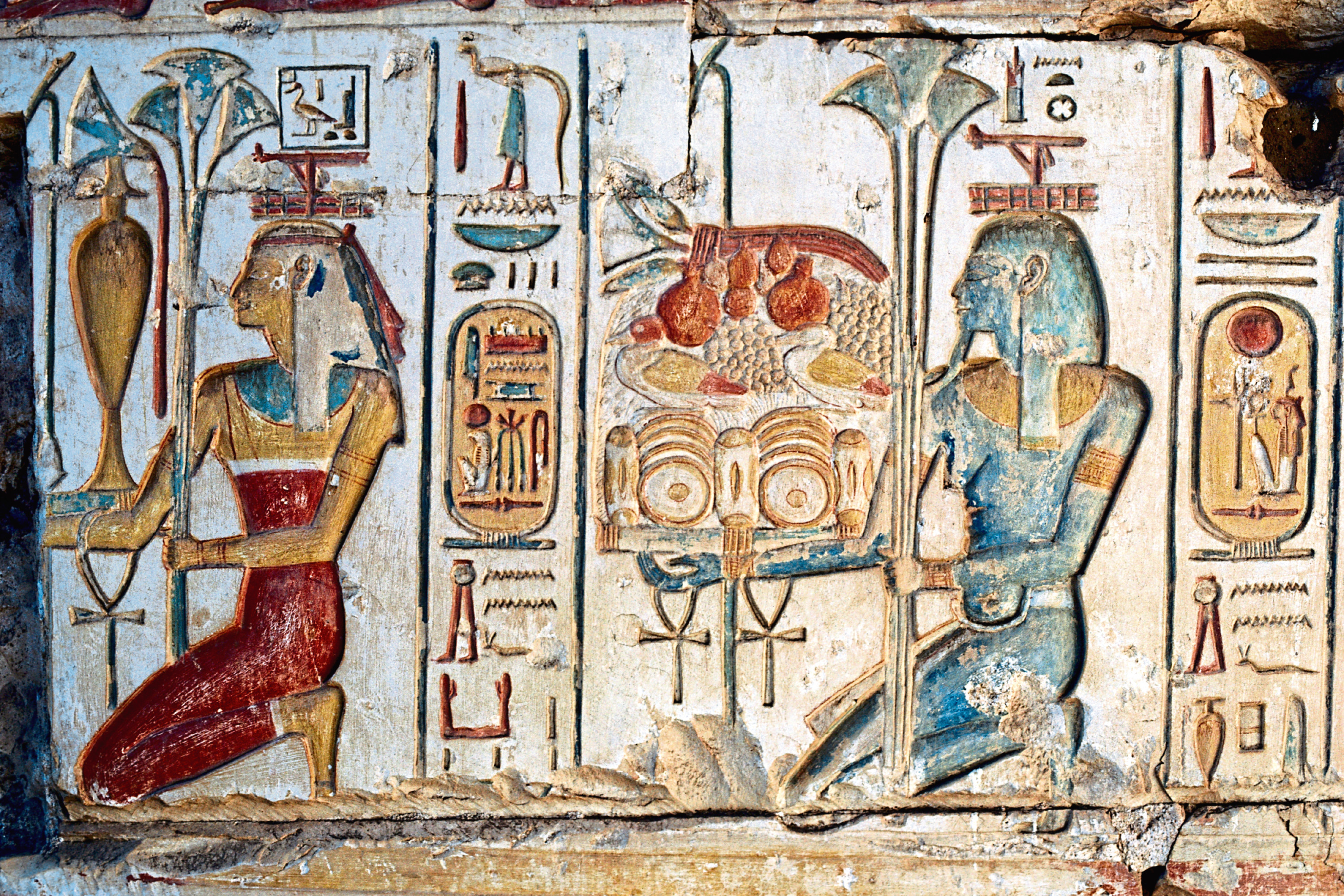 Ancient Egyptian hieroglyphics in the Temple of Ramses II (DeAgostini/Getty Images)