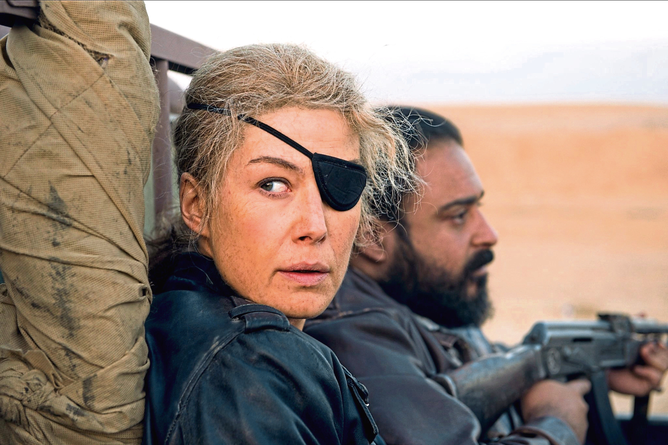 Rosamund Pike in A Private War (Allstar / AVIRON PICTURES)