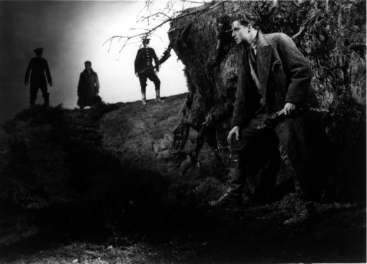 The Thirty-Nine Steps (1935)