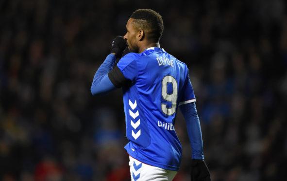 Jermain Defoe in action for Rangers