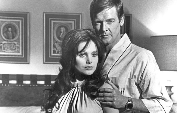 Madeline Smith and Roger Moore in Live and Let Die