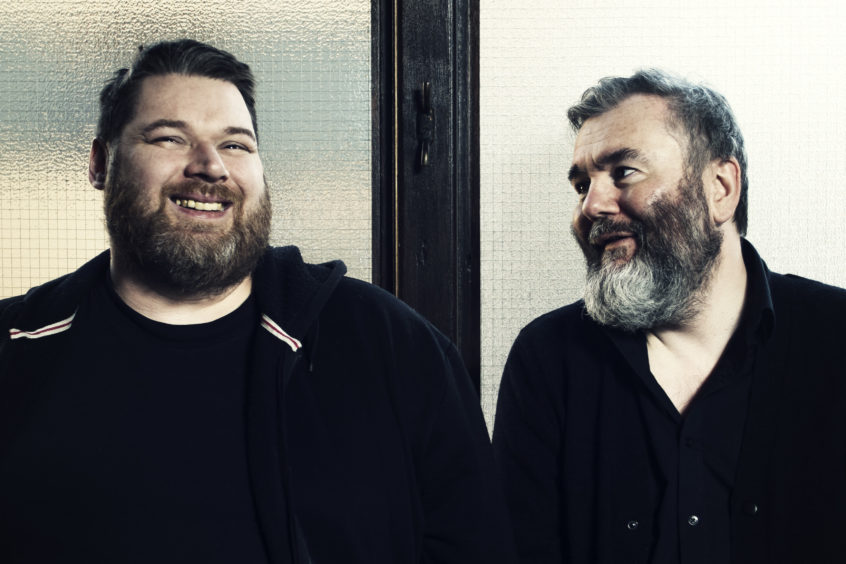 Aidan Moffat and RM Hubbert – Here Lies The Body
