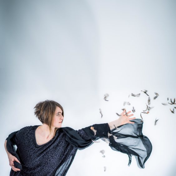 Karine Polwart with Steven Polwart and Inge Thomson– Laws of Motion