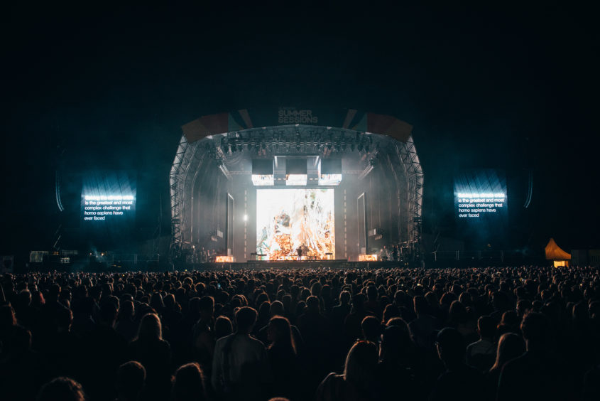 The crowd at Bellahouston for The 1975