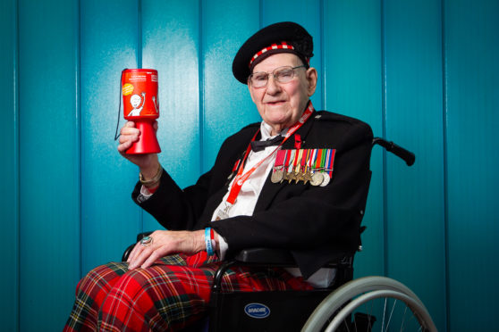 War veteran Tom Gilzean raised over £1 million for charity in his lifetime.