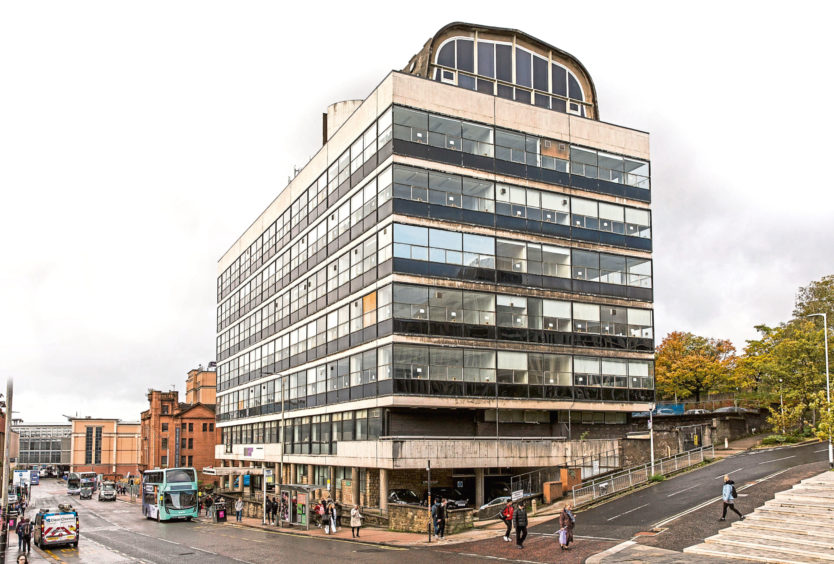 The Charles Oakley Building on Cathedral Street in Glasgow which the Art School proposed to use