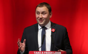 Labour's Ian Murray could run as independent in Edinburgh South if deselected by party