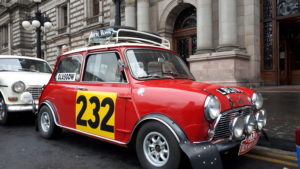 VIDEO: Classic cars take to George Square as Monte Carlo Rally prepares to return to Glasgow