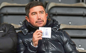 Former Wizard of Oz Harry Kewell wants to manage Hibs