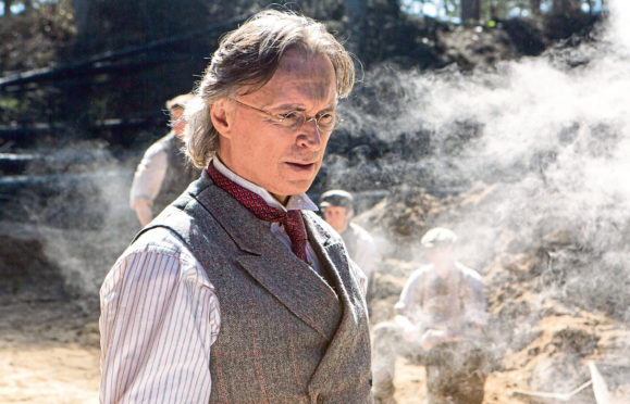 Robert Carlyle in The War of the Worlds.