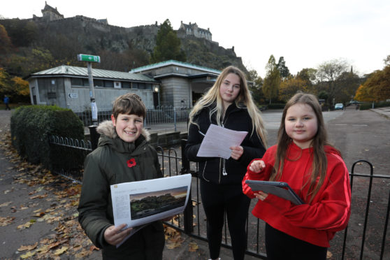 Oliver Hawley (11), Alice Hawley (14) and Ismay Hawley (10) help launch the questionnaire